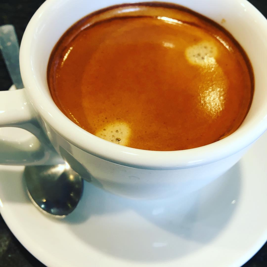 Café #buenosdías #amillsmorning #bondia #buenosdias #goodmorning #morning #day #barcelona #barridegracia #daytime #sunrise #morn #awake #wakeup #wake #wakingup #ready #sleepy #sluggish #snooze #instagood #earlybird #algaida #photooftheday #gettingready #goingout #sunshine #instamorning #early