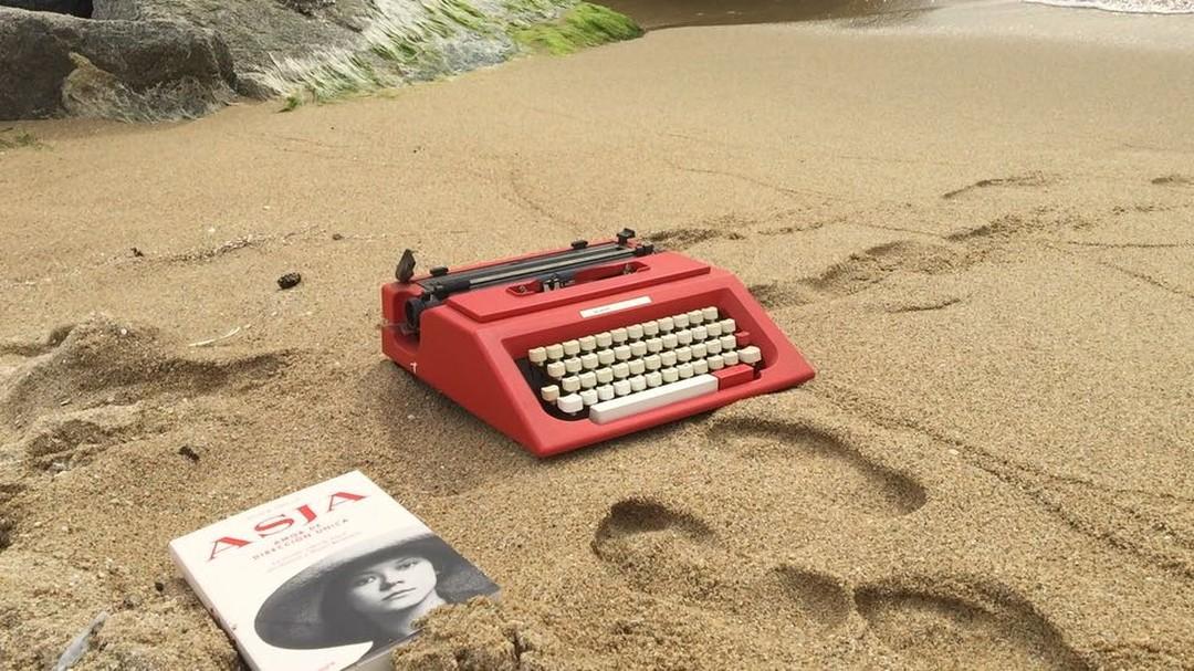 La novela sobre #asjalacis llega a todas las librerías el 11 de octubre