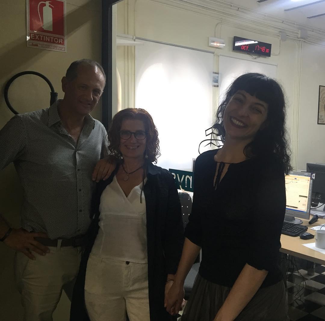 Hem estat preparant l'entrevista de demà a @radioarenys pel programa Mediterrània ;))