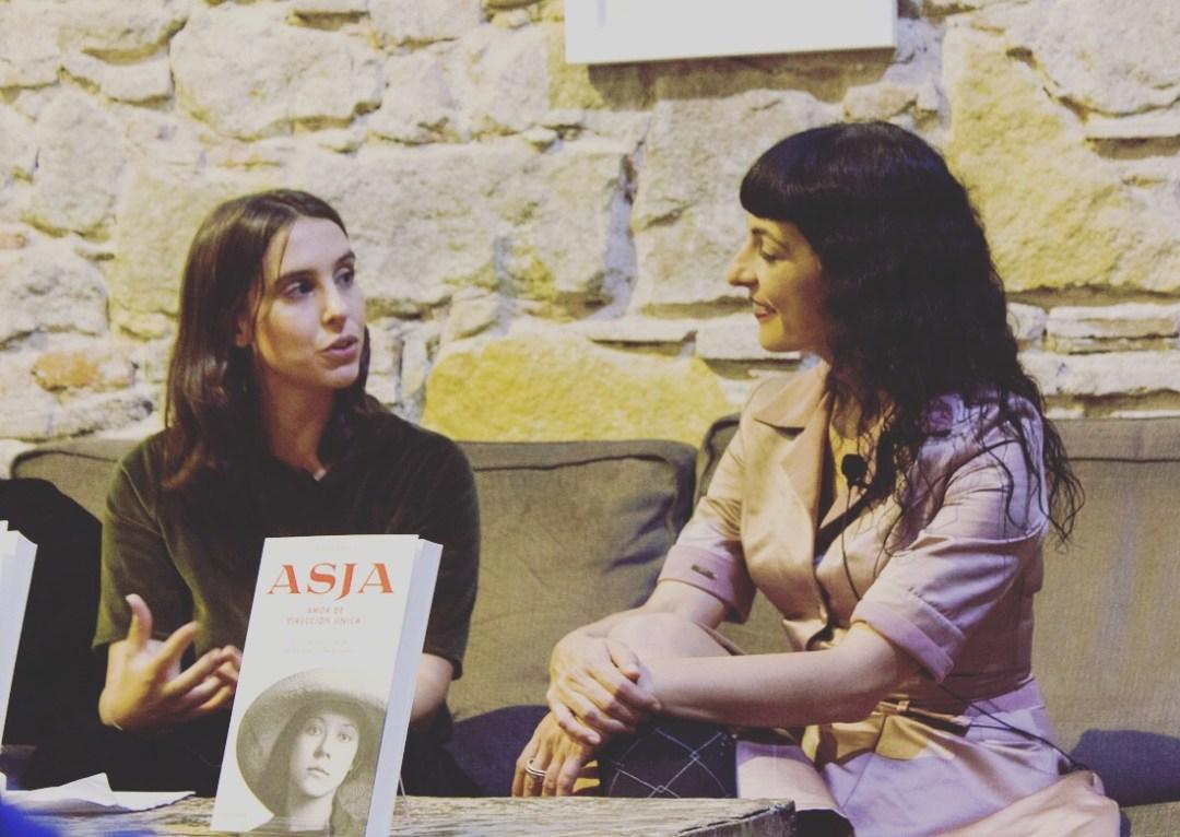 Presumo hoy de compañera de presentación de #asjalacis en sociedad, el pasado jueves en @comanegra : @sajover estuvo brillante, seguidla!