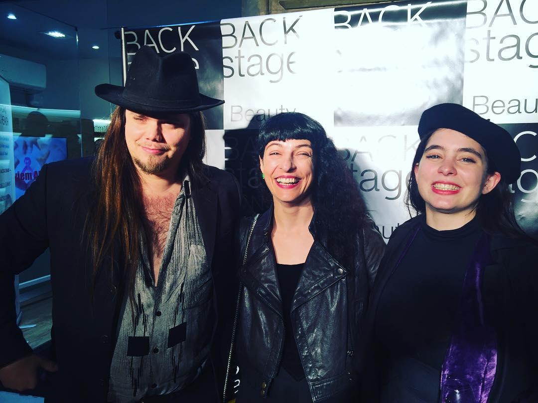 Celebramos un año de @backstagebcn así: con alegría espontánea :))