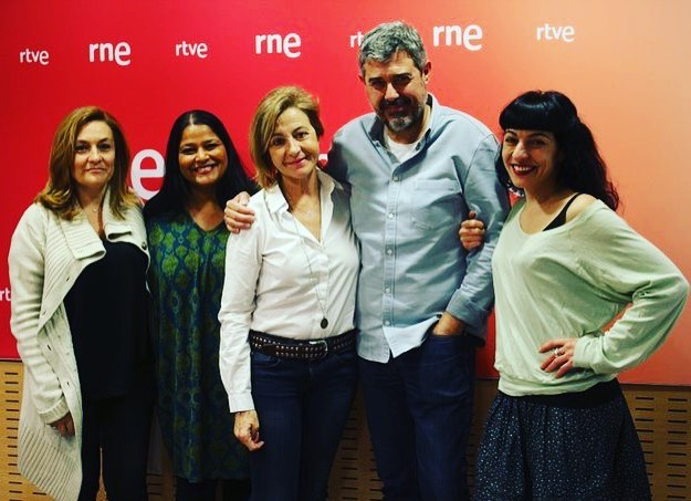 Ara a @anemdetarda 🔊 Dones al Parlament, sous mínims i preus dels lloguers, només un 40% llegeix per plaer... Aquestes i altres notícies amb @goyoprados @AshaMiro, @GrelaBravo i @itafabregas. ▶️ @radio4_rne