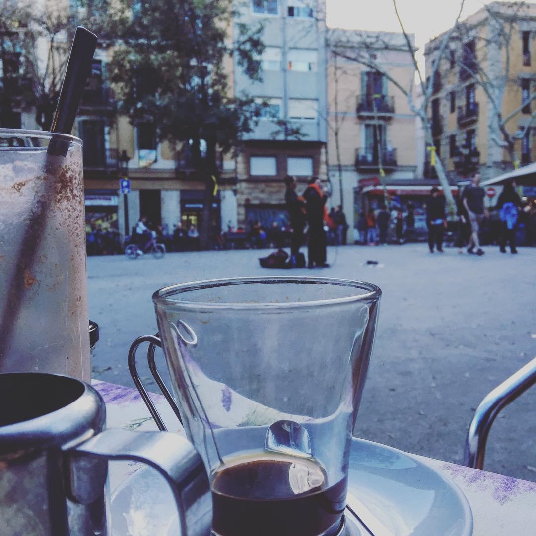 La espera se aprende en la calle ;))