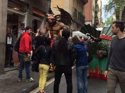 Gràcia i el dimoni ;)) #barridegracia #botigaalcarrer