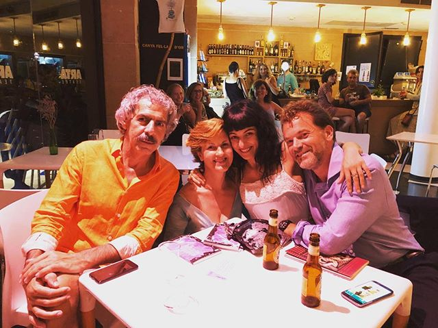 Y ahora #microabierto en #Arta #perecolom #robertgraves @yvesuag @festival_poesart de nit