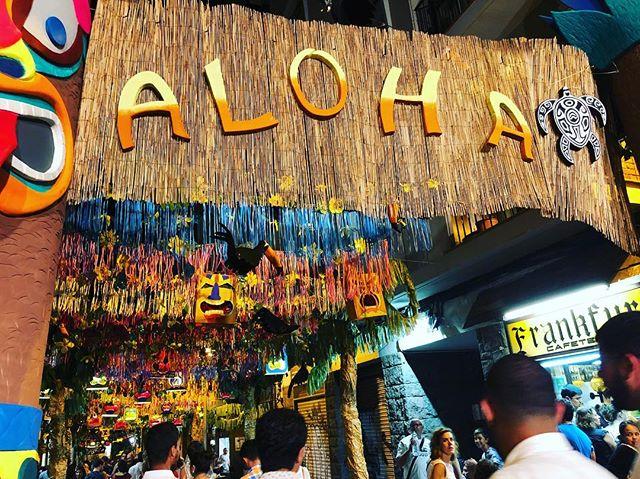El carrer Puigmartí, el més boniquet i el meu ;)) #aloha #festesdegracia2018 Festes de Gràcia 2018 🎉  #FMGracia #festamajordegracia #fmgracia18 #festesdeGracia #barridegracia