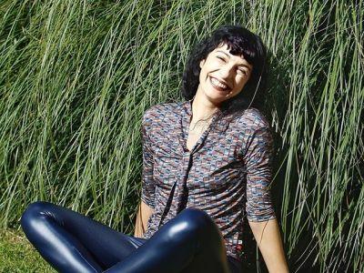 Retrato de @arabalears «Para mí, la escultura es el cuerpo. Mi cuerpo es mi escultura» Louise Bourgeois