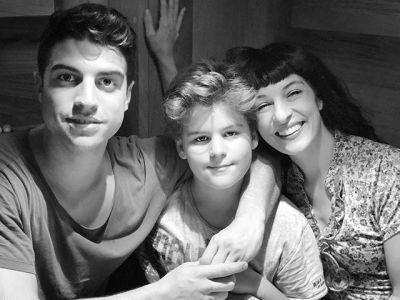 La felicidad absoluta, aquí y ahora, mis dos hijos preciosos ;)) Con @marcelarie y @juanfelixgarciaamills