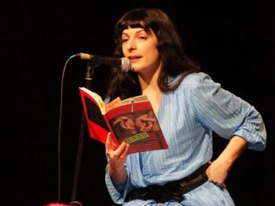 """Poema de Roser Amills julio 2012: """"Por favor no me enterréis nunca, dejadme en el suelo…"""""""