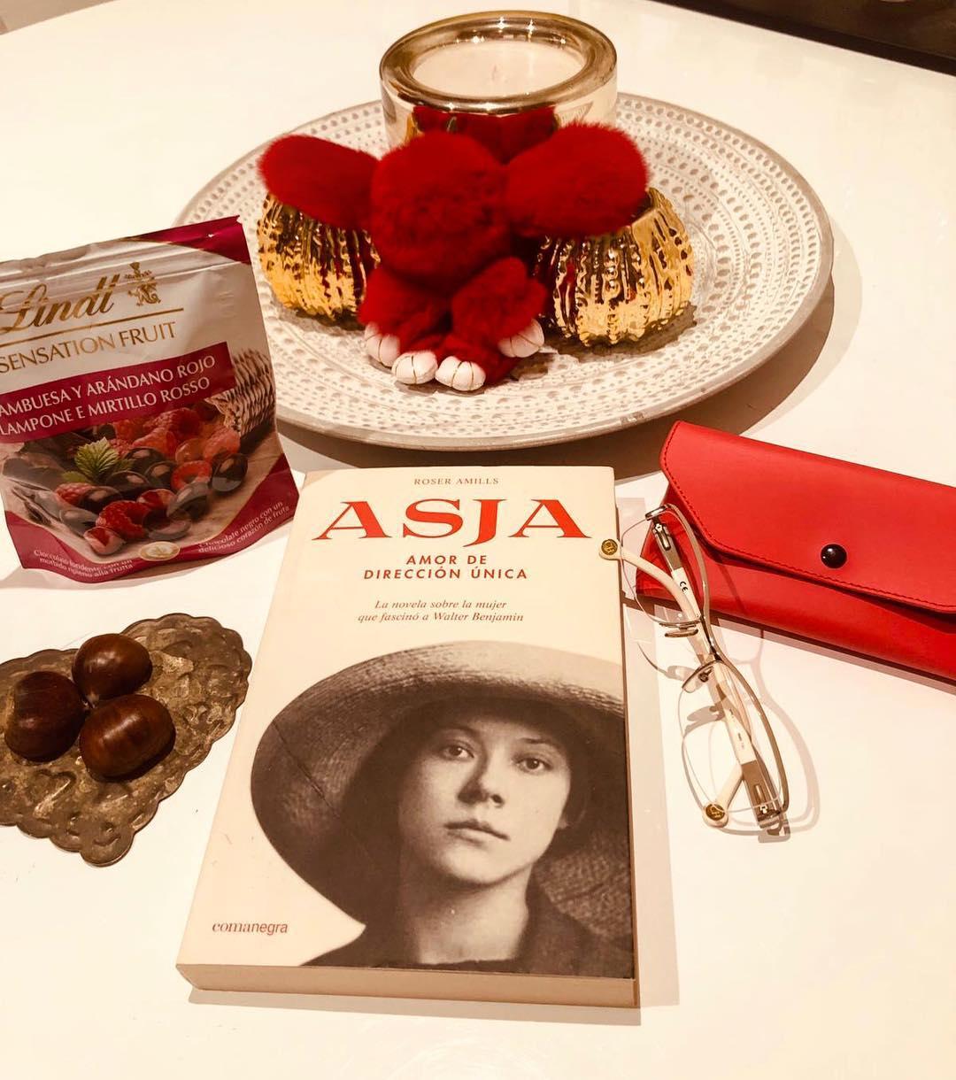 Gracias @yolandacooficial por leer la historia de amor de #asjalacis & #walterbenjamin ;))