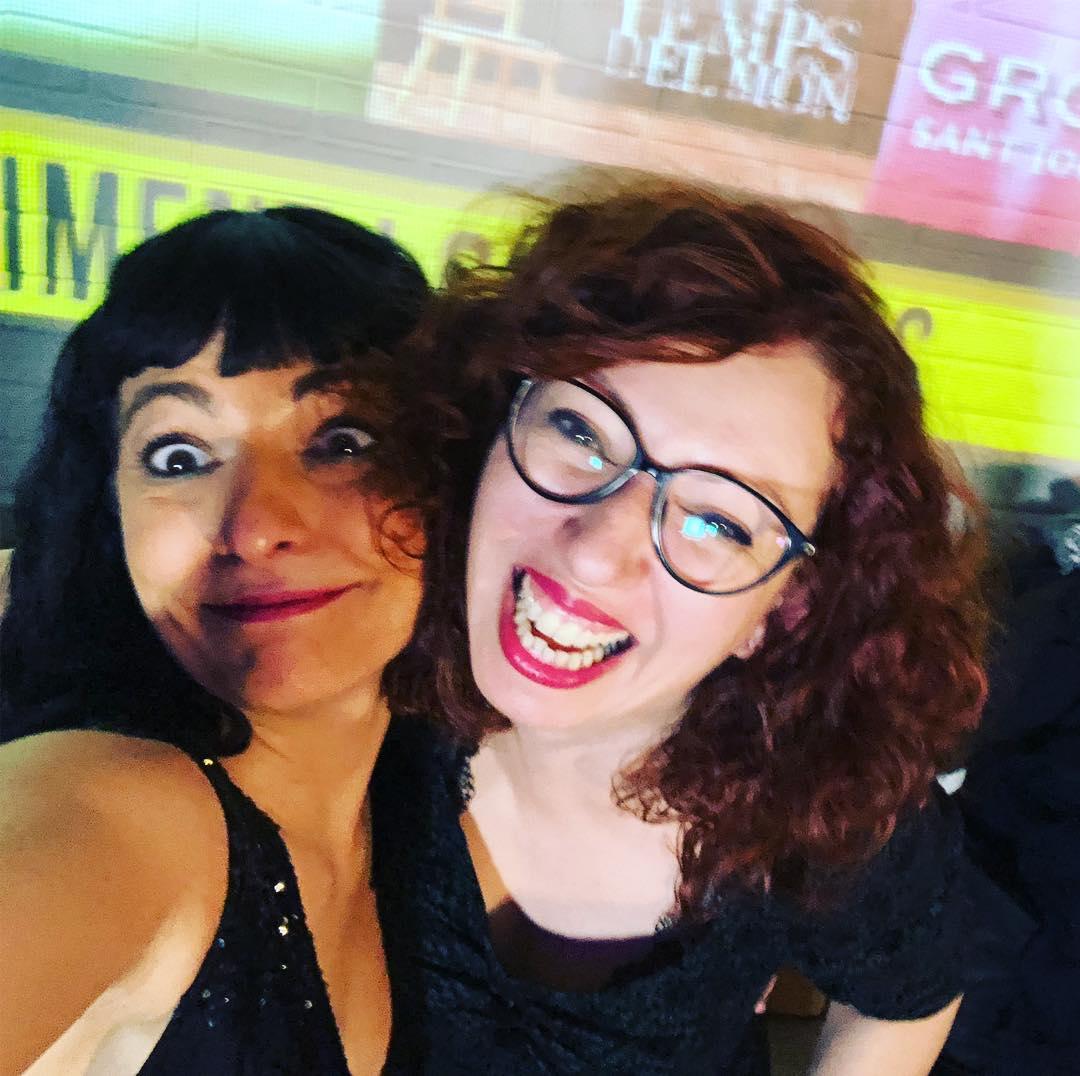 Festeta! Amb @los_caprichos_de_susanna la #showmustgoontv3 @tv3cat ;))