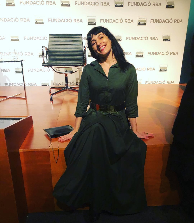 Hoy mi maravillosa @yolandacooficial me ha vestido así de bonita de @ottovanrhuskbcn Foto de @carlospiglesias