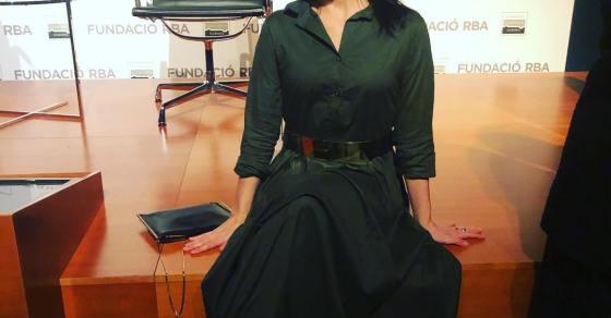 roser amills vestido así de bonita de @ottovanrhuskbcn Foto de @carlospiglesias