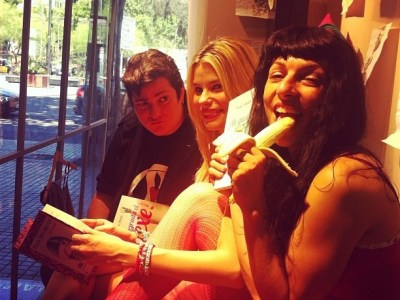 ¿Ya le has echado un vistazo al libro de @marialapiedra1 que presentamos ayer en La Casa del Libro de Barcelona?