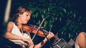 Violeta Paulina, violinista