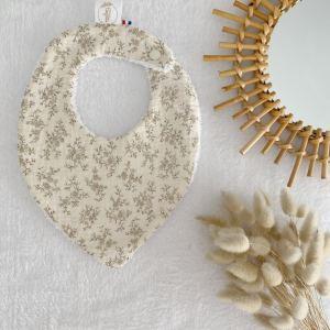 bavoir bébé naissance double gaze fleurs 100% made in France en coton Oeko Tex cadeau de naissance .