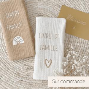 protege livret de famille personnlisable cadeau mariage made in france