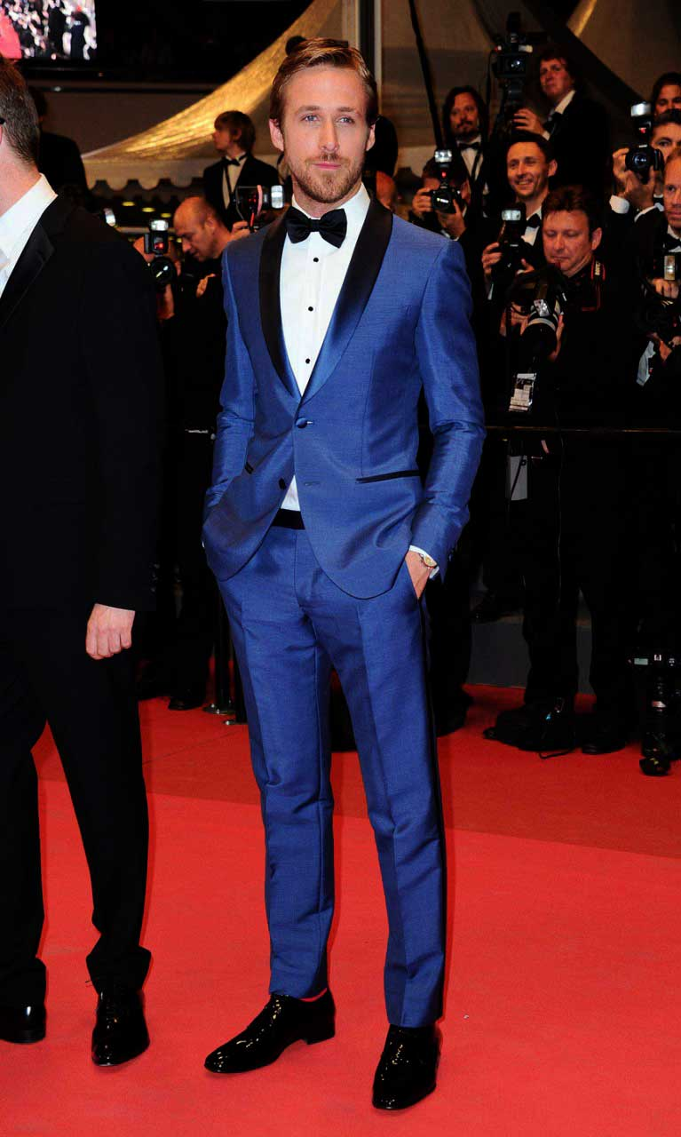 Ryan Gosling looking dapper in a blue tuxedo