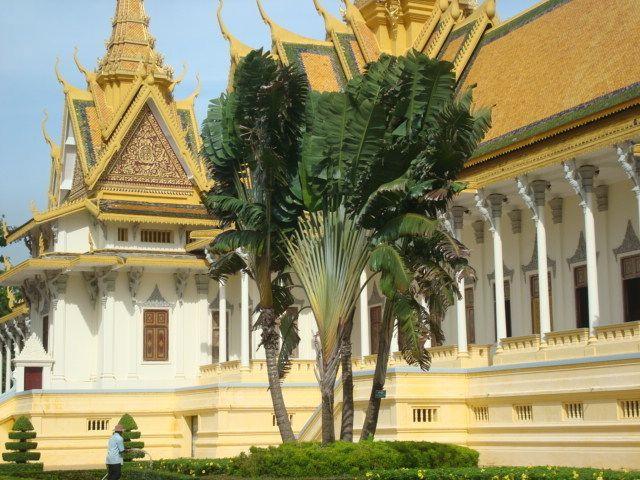 Phnom Penh, Palacio Real