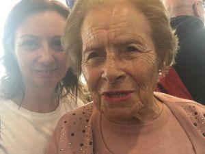 Selfie con mamá a punto de volver roseviaja