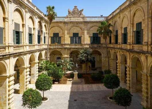 Gransmaster palace