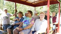 we filled the 16 seater railbus with 12