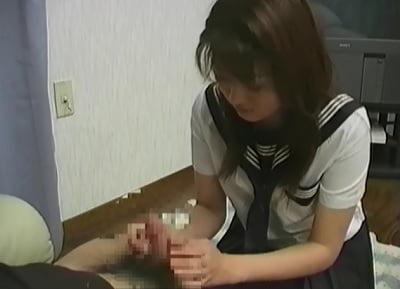 CFNMセーラー服女子の手コキ6