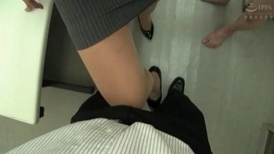 着衣女性と裸の男・ボディコンお姉さん編サンプル25