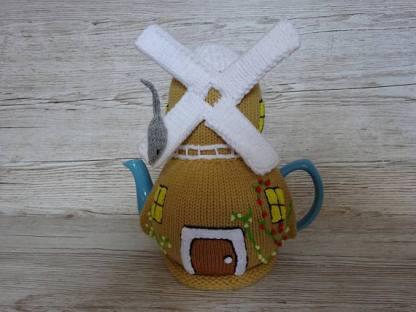 windmill tea cosie