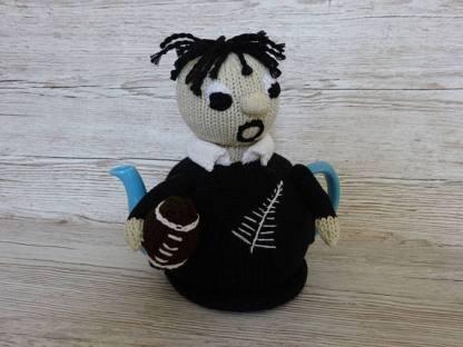 knitted tea cosie