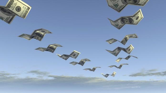 деньги улетают, банкротство, финансы, бедность