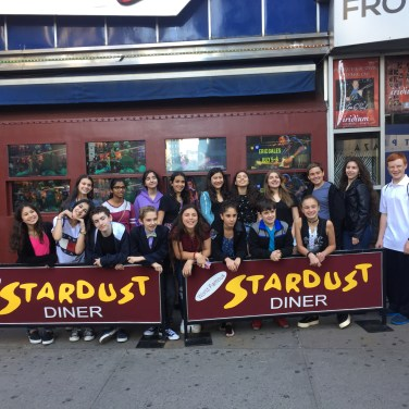 Chorale at Ellen's Stardust Diner
