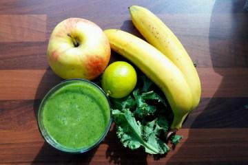 Propozycja na drugie śniadanie - pożywny zielony koktajl z jarmużem