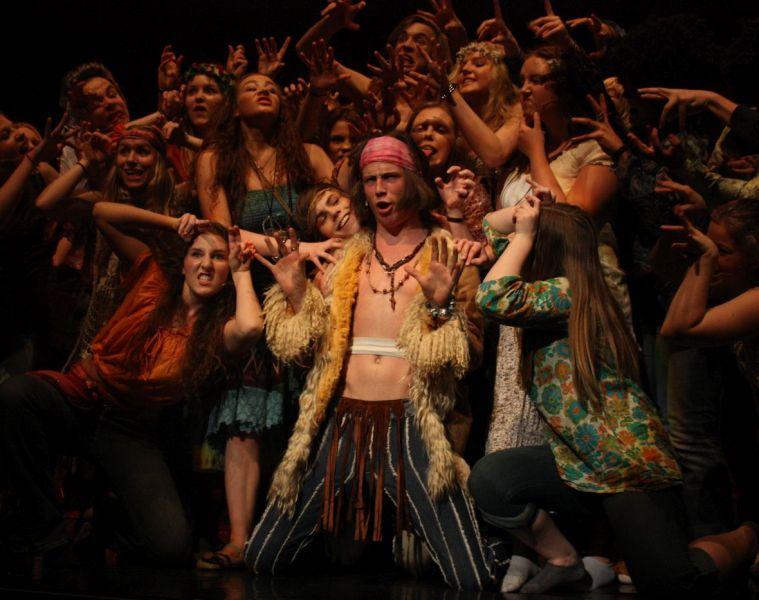 """""""Hair"""" - fenomen kultowego musicalu"""