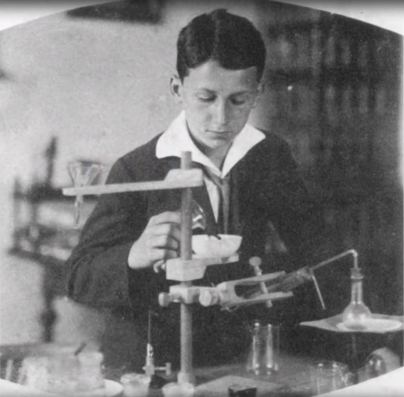 Młody Nikola Tesla
