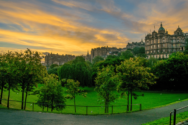 Sunrise at Princess Street - Edinburgh