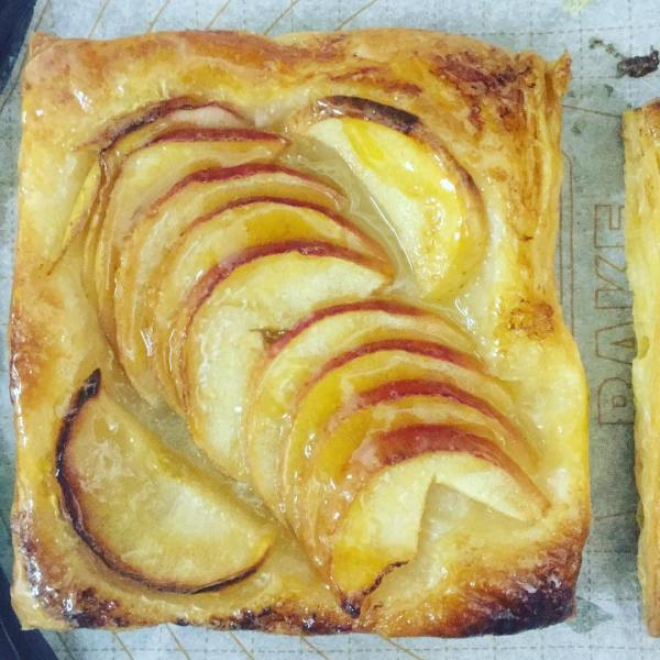French Apple Galettes from a recipe by @inagarten