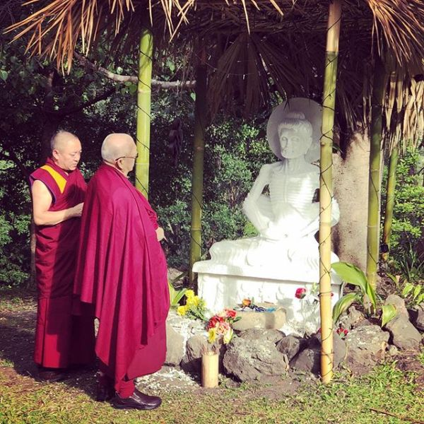 Kyabje Lama Zopa Rinpoche blessing the new Buddha statue with Geshe Tsultrim