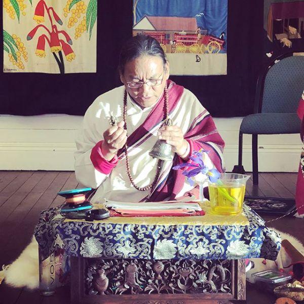 Ngakpa Karma Lhundup Rinpoche giving the Medicine Buddha empowerment @k.lhundup