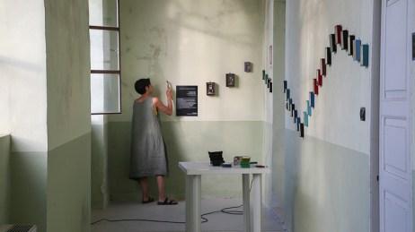 Brunella Tegas installing her work_#1