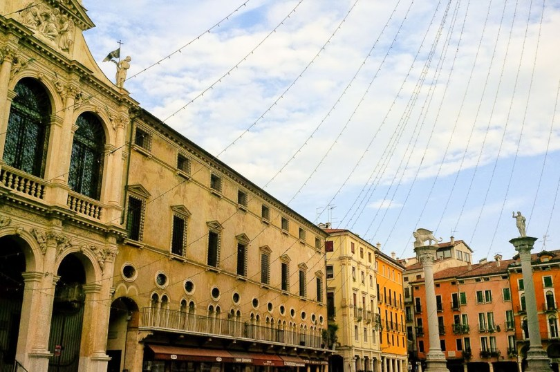 Strings of Christmas lights hanging over Piazza dei Signori - Vicenza, Italy - rossiwrites.com