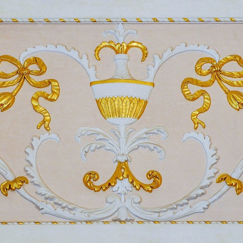 Gold detail on the wall - La Fenice Opera House in Venice, Italy - www.rossiwrites.com