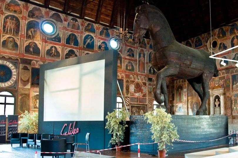 The Capodilista Family's horse, Great hall of Palazzo della Ragione , Padua, Italy - www.rossiwrites.com