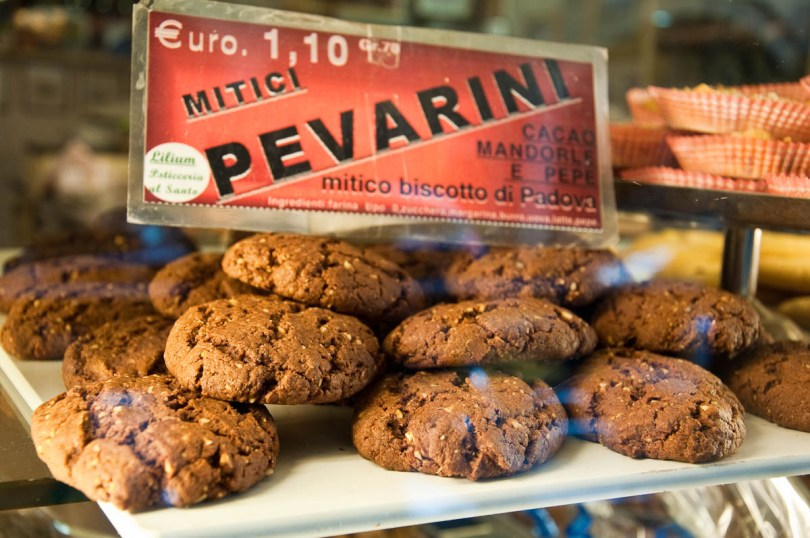 Pevarini - traditional biscuit from Padua, Veneto, Italy - rossiwrites.com