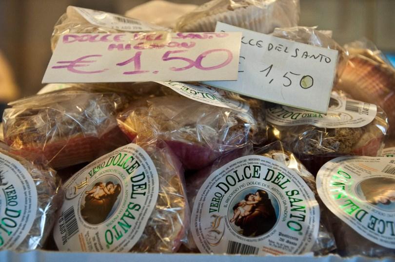Small Dolce del Santo - St. Antony's cakes, Padua, Veneto, Italy - www.rossiwrites.com