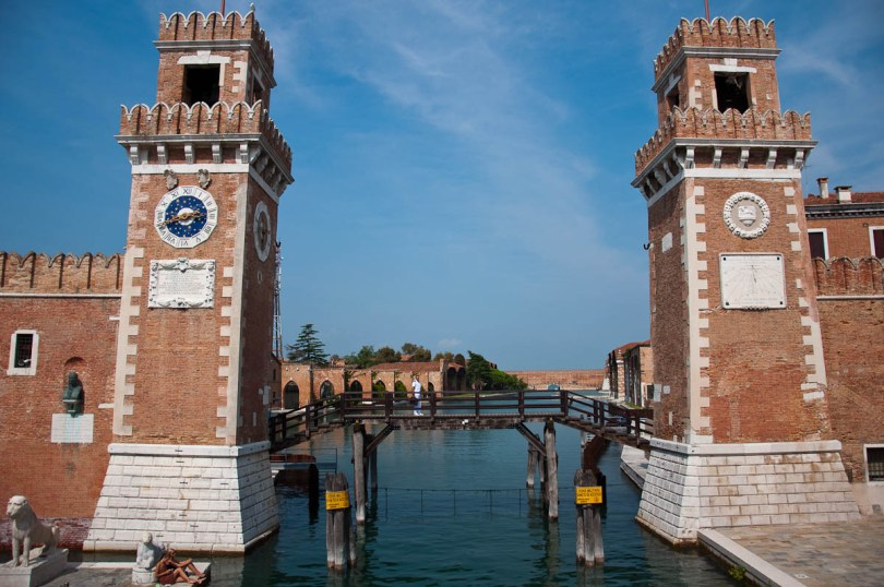 Arsenale's watchtowers - Venice, Italy - www.rossiwrites.com