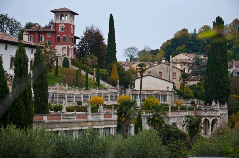 Gorgeous villas and landscaped gardens - Asolo, Veneto, Italy - www.rossiwrites.com