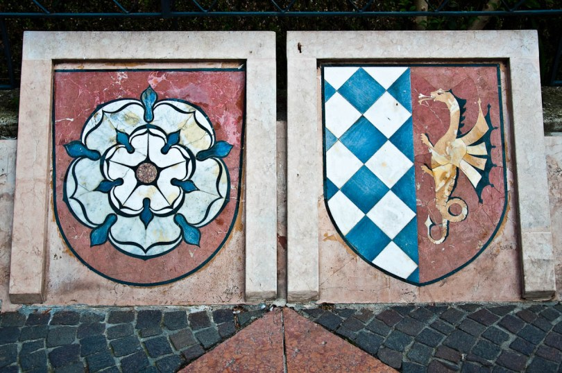 Crests - Lazise, Lake Garda, Italy - www.rossiwrites.com
