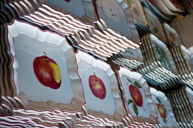 Hand-painted plates - Nove, Veneto, Italy - www.rossiwrites.com