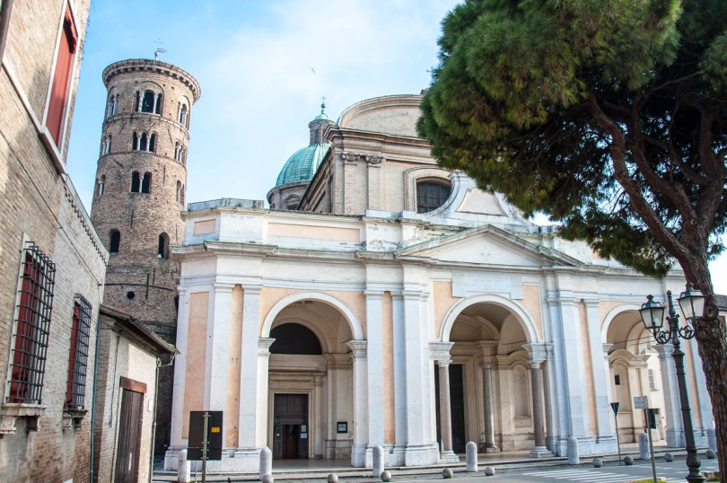 The Cathedral - Ravenna, Emilia Romagna, Italy - www.rossiwrites.com